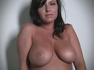 Curvy brunette Sarah Michaels shows her big natural boobs
