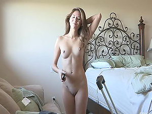 Erotic Amateur Babe Showing her shaved pussy