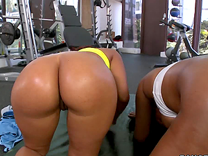 Two ebony hotbitches get fabulously fucked in the gym