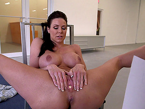 Fantastic rear banging with busty brunette mom Kendra Lust