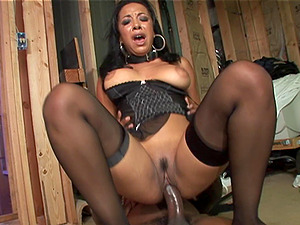 EBONY BABES IN STOCKINGS GET CUMSHOT AFTER BEING NAILED BY BIG BLACK COCK IN A FFM CLIP